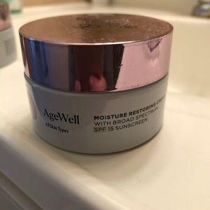 Arbonne AgeWell Day Cream SPF 15